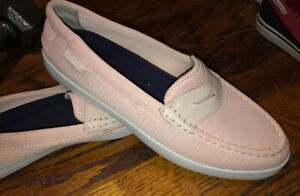 NEW Cole Haan Grand.OS W11814 Weekender  Pale Pinky Penny LOAFERS US 8.5, SLEEK!