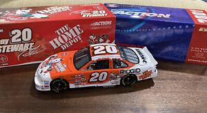 1/24 Tony Stewart #20 Home Depot/Coca Cola Polar Bear 2001 Grand Prix Diecast