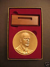 Official 2009 Barack Obama Inaugural Medal New In Gift Box With Stand