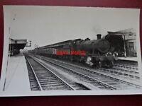 PHOTO  GWR LOCO NO 3859 AT OXFORD THRO LINE C1940'S