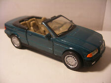 NEW-RAY City Cruiser en Metal 1/43 BMW 325i Cabriolet vert