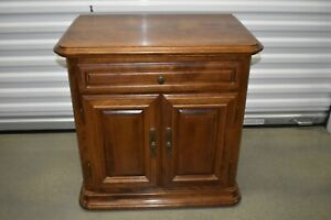 Ethan Allen Classic Manor Nightstand Night Table Birch Vintage #15-5016 #204 A