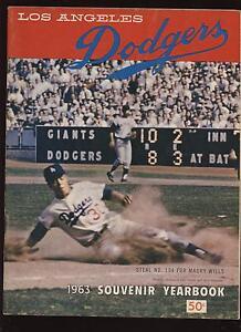 1963 Los Angeles Dodgers Yearbook EXMT