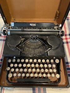 Vintage 1936 Royal, Model O Portable Typewriter With Original Case