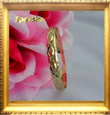 Beautiful Elegant Baby Girl Gold Bangle Bracelet Dimond Cut. 0 - 9 months