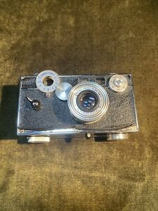 Argus rangefinder w/50mm f3.5 coated Cintar lens with leather case