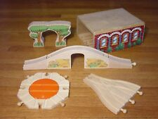 Wood Turntable Roundabout Shed Bridge Train Track For Thomas Tank Engine Railway