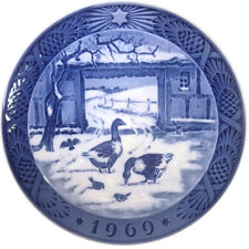 "1969 Royal Copenhagen Christmas Plate. ""The Old Farmyard"""