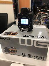 camera noire RICOH WG-M1 très bon état