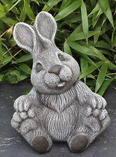 Steinfigur Hase gr. sitzend Schiefergrau, Deko-Figur Gartenfigur Osterdeko