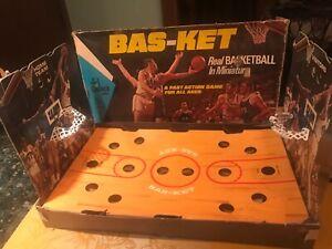 RARE VTG 1970 Cadaco BAS-KET GAME No 165 Basketball w/ BOX