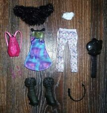 ✿ ܓMonster High Picture Day Abbey Bominable Doll 2012 Clothes Lot✿ ܓ
