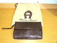 VINTAGE  ETIENNE AIGNER BROWN LEATHER CLUTCH WRISTLET HANDBAG PURSE