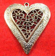 25Pcs. WHOLESALE Tibetan Silver HEART Huge Pendants BEAUTIFUL Charms Q0641