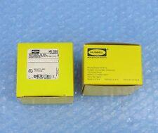 HUBBELL Lot of 2 - Flourescent Lamp Holder fixture HBL2989 - Slimline 660w 600v