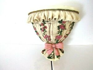 """RUFFLED FLORAL / BOW RESIN HANGING WALL SHELVE / SCONCE 8"""" x 71/2"""" Wide"""