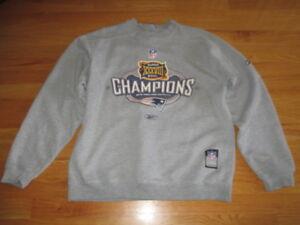 NEW ENGLAND PATRIOTS Super Bowl XXXVIII Champions On-Field (MED) Sweatshirt