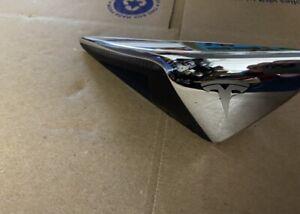 Tesla Model 3 & S & X Front Left Driver Side Fender Camera Marker 1125106-00-B