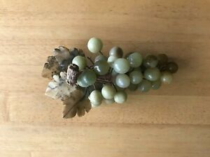 Vintage Mid Century Alabaster Grape Bunch