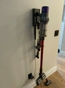 Dyson V11 Animal Cordless Stick Vacuum - Red