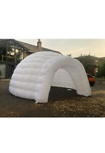 Inflatable igloo Dome Tent. Garden/Wedding/ Party. Colour Changing LED LIGHTS