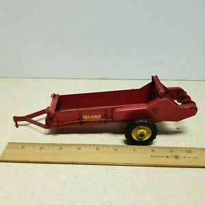 Toy Vintage Farm Toy Red Tru-Scale Manure Spreader Made In USA Pressed Steel