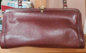 Original ETIENNE AIGNER kleine Leder Handtasche / Bügeltasche / Abendtasche