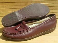 Women size 6.5N SAS Comfort Burgundy Kiltie Tassel Loafers Casual USA Leather