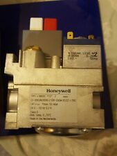 HONEYWELL V8800C 1127 GAS VALVE + 2 ADAPTERS **1ST CLASS DELIVERY!!