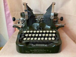 Antique 1915 Oliver #7 No. 7 Batwing Typewriter - Green
