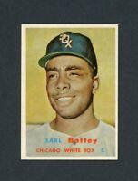 1957 TOPPS # 401 EARL BATTEY ( RC ) NM +
