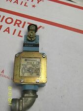 Telemecanique Zckl1 Limit Switch with Zck-D15 Operator Head