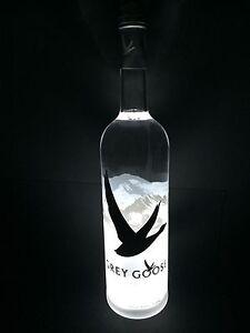 Grey Goose Vodka 'La Lumiere' LED Special Edition 1,5l Magnum Flasche 40%Vol.
