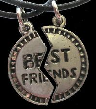 Funky Retro BFF BEST FRIENDS PUZZLE PENDANT NECKLACE SET Novelty Costume Jewelry