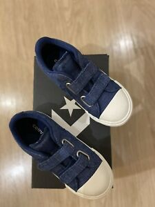 Converse infant size 10 or 26 or 16.5 cm brand new with box