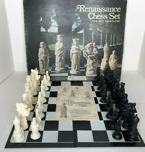 """E.S. Lowe Renaissance Chess Set 4"""" King Heavily Weighted Felted #832 Complete"""