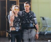 Brad Pitt Angelina Jolie Dual Signed 16X20 Photo Mr. and Mrs. Smith GV788710