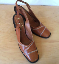 Vintage Bandolino Tan Leather Slingback Heels Italy 9.5 N Narrow Retro