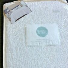 New White Coral Pattern 3-pc Coastal Living 100% Cotton Full / Queen Quilt Set