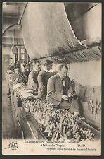 Manufacture Nationale des Gobelins Atelier du tapis carte postale CPA/cp675