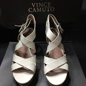 Vince Camuto Giada 8.5 White Platform Sandals New Open Toes Wedges Platform