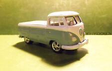 Johnny Ligtning JL Two Tone VW Volkswagon Minivan 2002 JL Playing Mantis