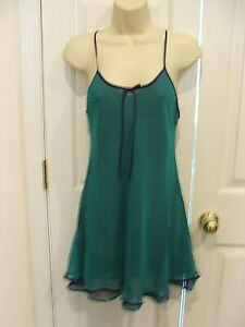new pkg FREDERICK'S OF HOLLYWOOD  TEAL/PURPLE LAYERED short gown chemise SMALL
