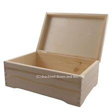 Big pine wood storage box with feet DD403 memory wedding baby keepsake chest