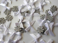 25 WHITE BOWS 22MM WIDE & 25 SILVER GUIPURE LACE FLOWER 12MM WIDE