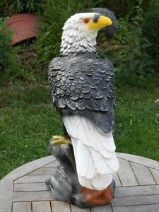 Skulptur Großer Adler Wings of Glory Figur Gartenfigur Falknerei Deko Falkner
