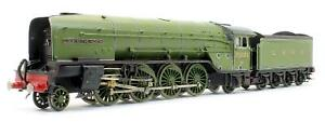 PRO-SCALE 'OO' GAUGE LNER P2 'COCK O THE NORTH' BRASS KIT *BUILT*
