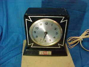 MIB 1930s Era GILBERT Wood Case ALARM CLOCK w IRON CROSS DESIGN Works