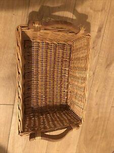 Rectangular Wicker Basket With Wooden Handles 38x28x12