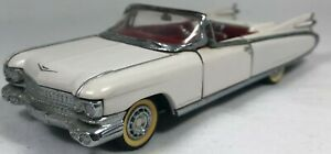Franklin Mint 1959 Cadillac Eldorado Convertible White 1/43 Scale FM015 with Box